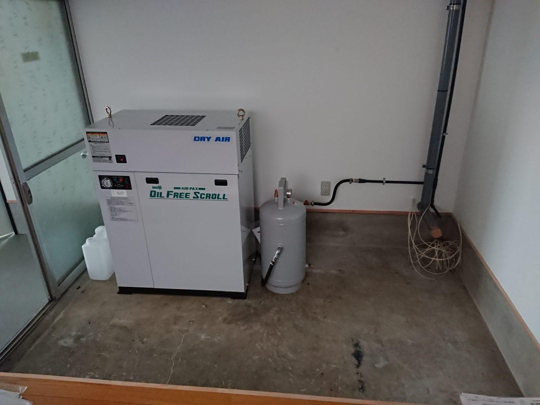 RP011-コンプレッサー搬入設置配管施工