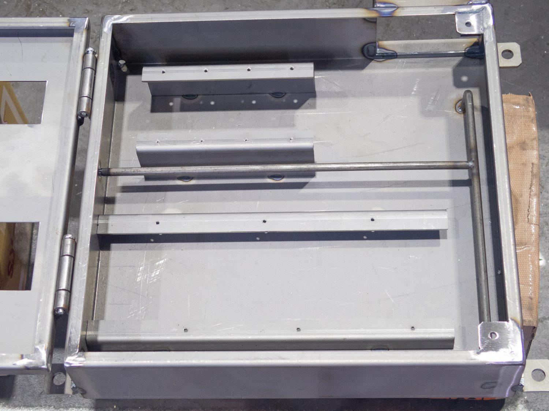 KK030-電気ボックス