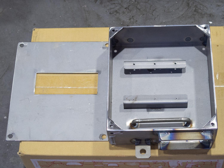 KK031-電気ボックス